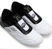 Woosung Budoshoe White/Black